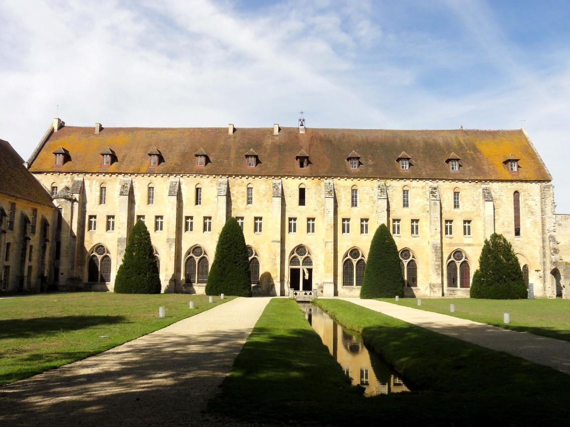 Abbaye de Royaumont (bâtiment des moines)